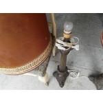 Огромни настолни лампи с голяма месингова основа и шапки от кожа и бродерия - 4140
