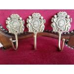 Големи месингови закачалки от Франция,декорирани и без забележки - 2869