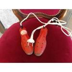 Находка ,подгряващи обувки от Норвегия - 2343
